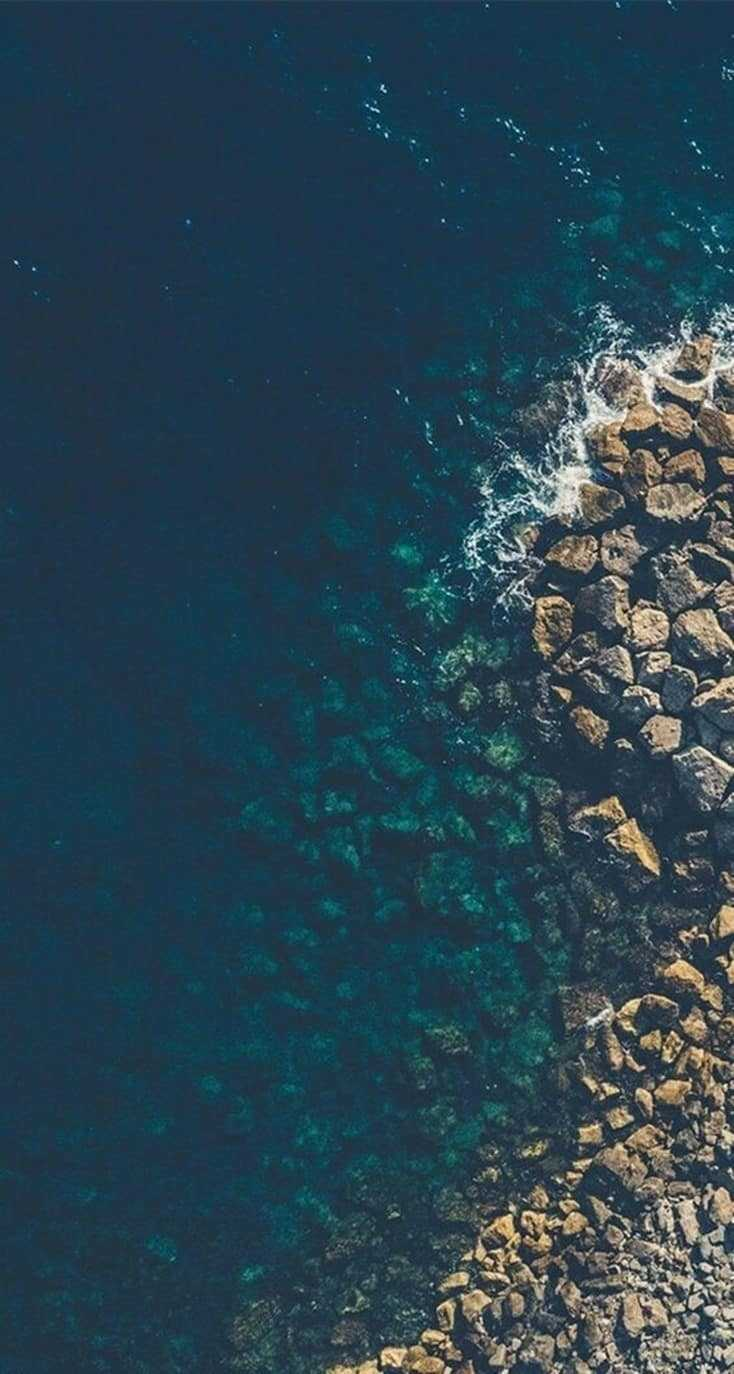 20 iPhone Wallpapers For Ocean Lovers 17