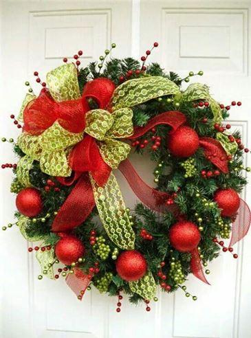 wreaths green